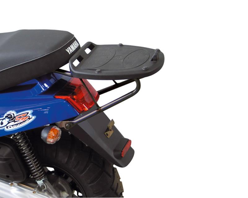 top case givi monolock scooter trunk mounting for yamaha bws mbk booster 2004. Black Bedroom Furniture Sets. Home Design Ideas